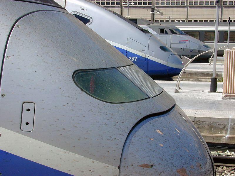 TGVs St Charles